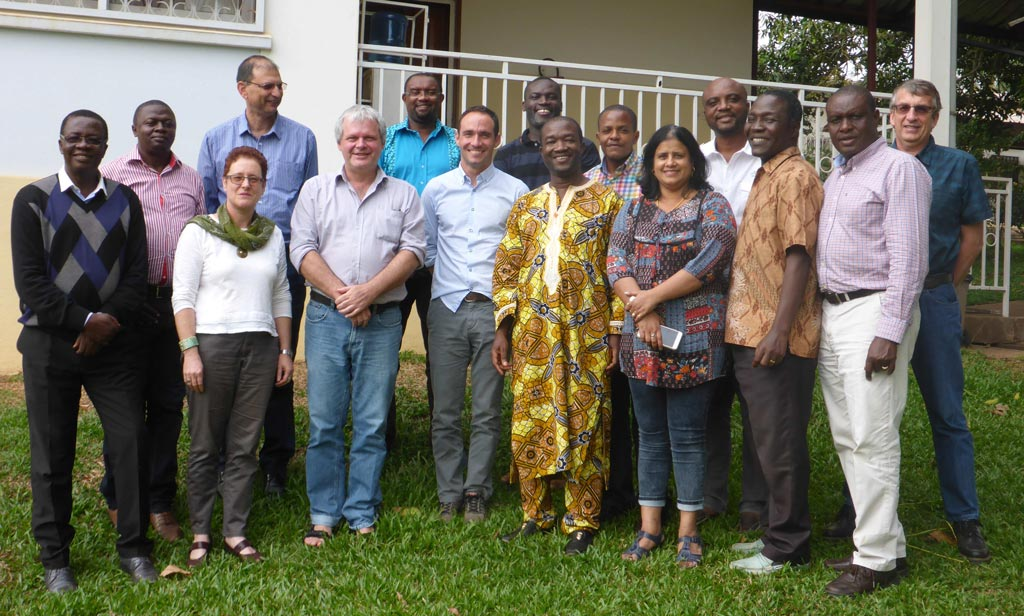Picture of scientists working on cocoa meeting in Cameroon.