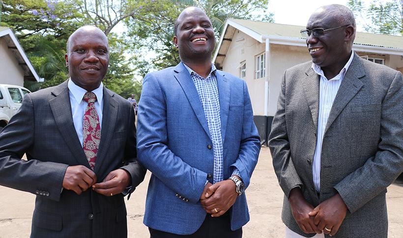 WorldVeg Center Eastern and Southern Regional Director Dr Gabriel Rugalema (left}, the MoA Permanent Secretary Hon. Gerald Kusaya, and IITA Chief Scientist, Prof. Mateete Bekuna (right).